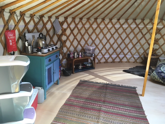 Forest-yurt (2)