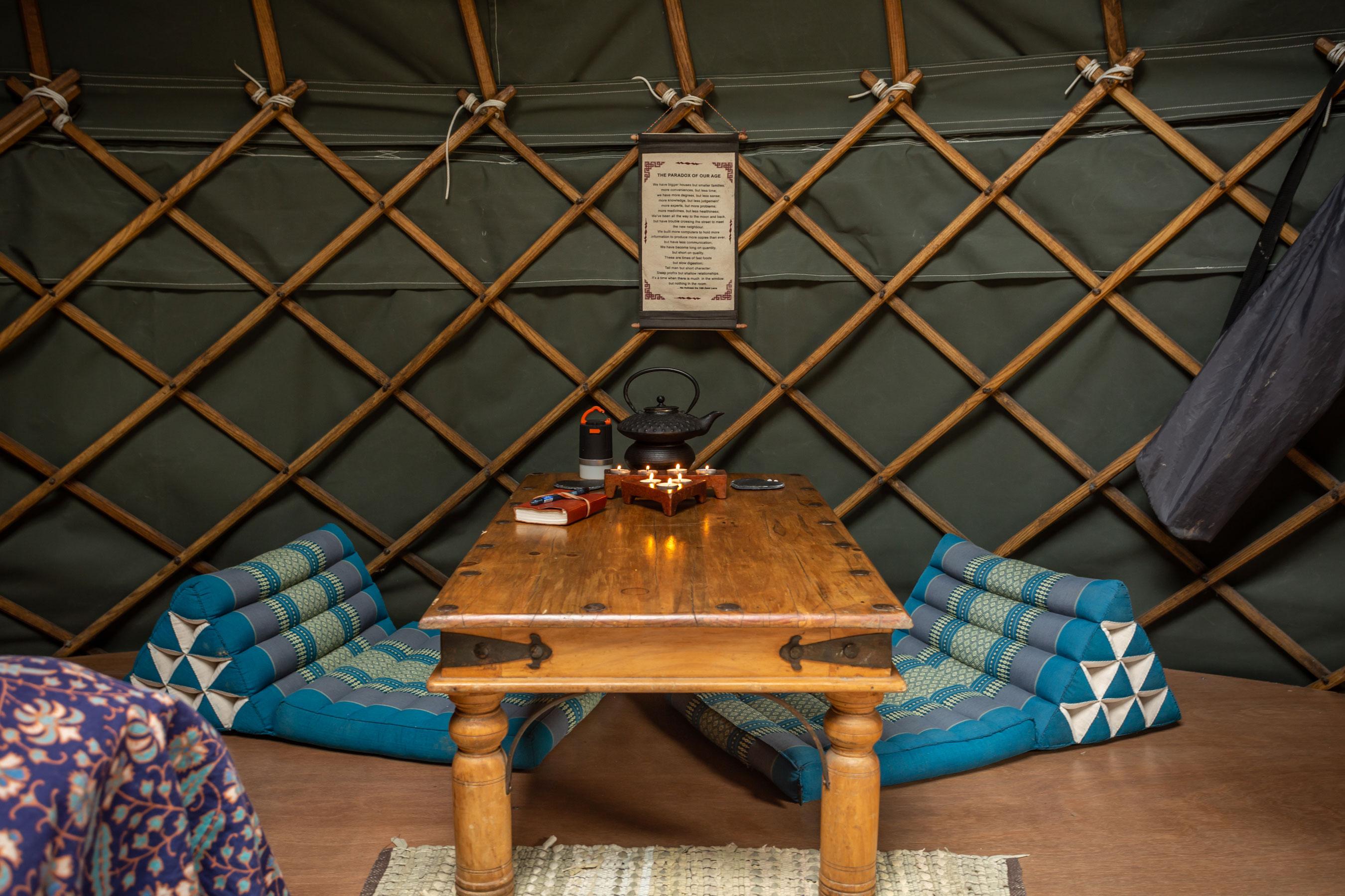 River-yurt-(4)