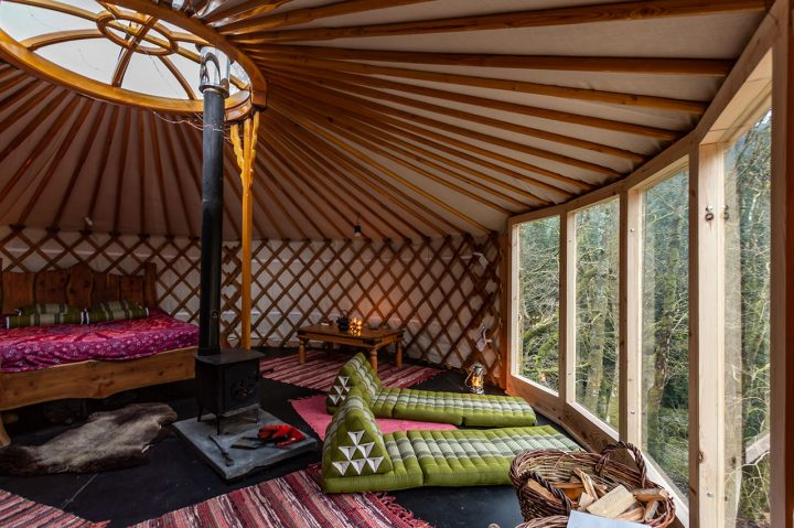 Meadow-yurt-homepage-1280x853